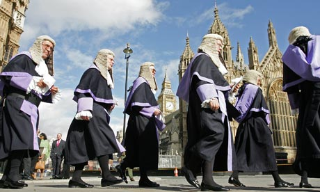 Why Do They Wear Wigs In Court In The Uk 13