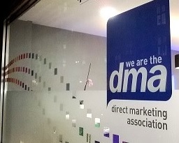 DMA signs shirt sponsorship deal (2)