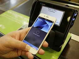 apple pay risk as stores shun 20 limit
