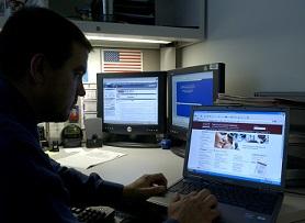 Clients in dark over online buying