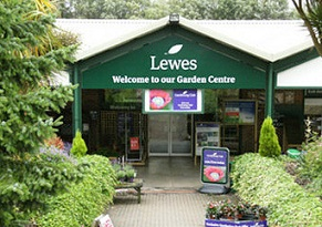Garden Centre does up loyalty club