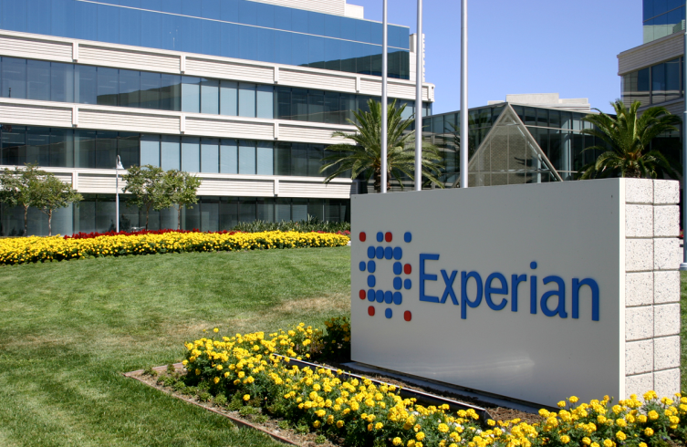 Experian signs LBC content deal