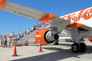 easyjet plots loyalty scheme take-off