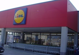 Lidl launches trials of loyalty scheme