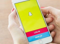snapchat to offer ads on selfies