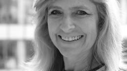 Julie-Nielson